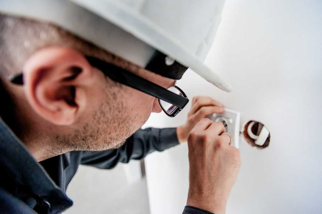 Electrical Outlet Installation services Woodbridge