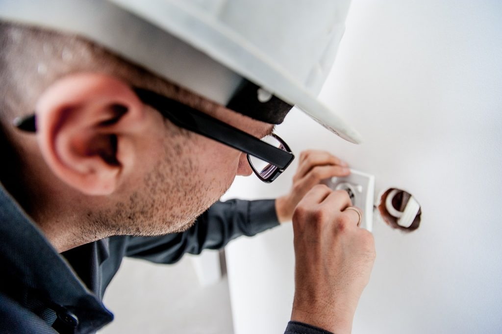 electricians in Oakville