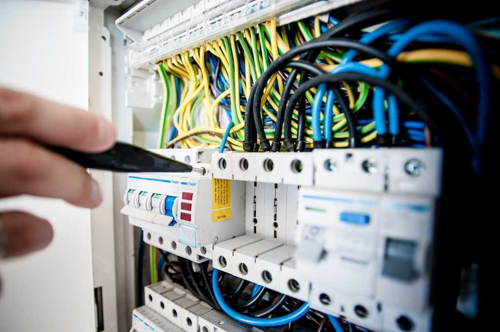 Electrical repair by Newmarket electrician